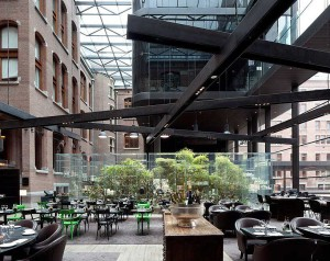 conservatorium-hotel-by-piero-lissoni-04